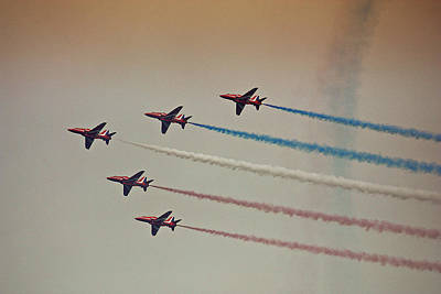 Red Arrows Art Print by Graham Parry