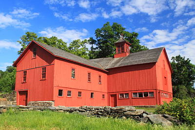 Red Barn At Bryant Homestead Art Print