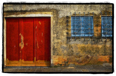 Red Doors Art Print by Mauro Celotti