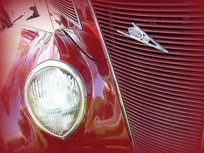 Photograph - Red Ford Model 85 by Cindy Wright