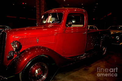 Antique Ford Truck Grill Photograph - Red Ford Truck by Susanne Van Hulst