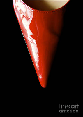 Shoe Digital Art - Red Pump by Glennis Siverson