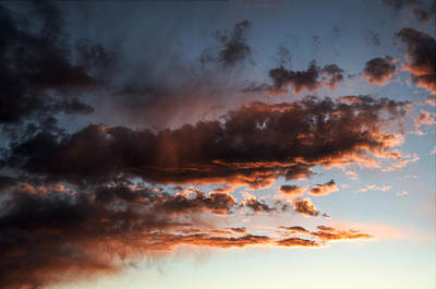 Photograph - Red Sky At Night Cowboys Delight by John Brink