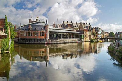 Photograph - Reflections Of Ghent. by David Freuthal