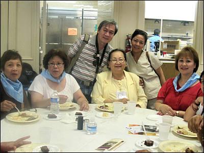Photograph - Relatives-nafaum 2009 by Glenn Bautista