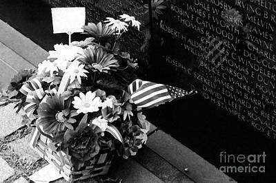 Photograph - Remembrance At Vietnam Memorial by Susan Stevenson