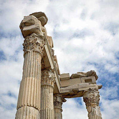 Greek Columns Digital Art - Remnants Of An Empire by Glennis Siverson