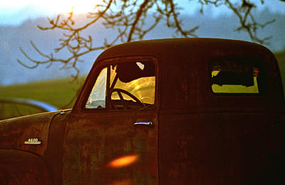 Photograph - Retirement For An Old Truck by Jean Noren