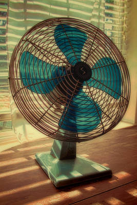Photograph - Retro Fan by Tony Grider