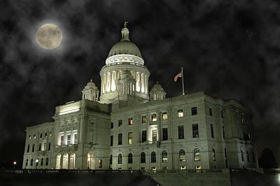 Photograph - Rhode Island State Capitol by Rafael Figueroa