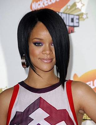 Rihanna Photograph - Rihanna At Arrivals For 2007 by Everett