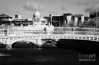 River Liffey Dublin City Center Art Print by Joe Fox