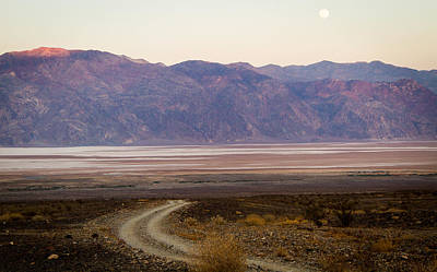 Photograph - Road Through Death Valley by Jean Noren
