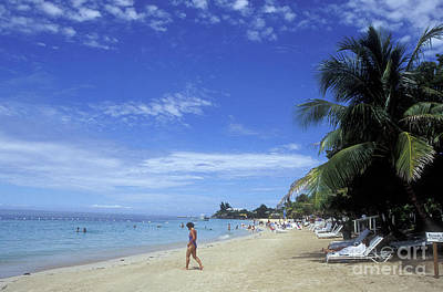 Photograph - Roatan Beach Honduras by John  Mitchell