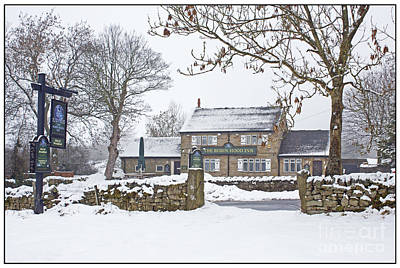 Photograph - Robin Hood Inn At Baslow by David Birchall