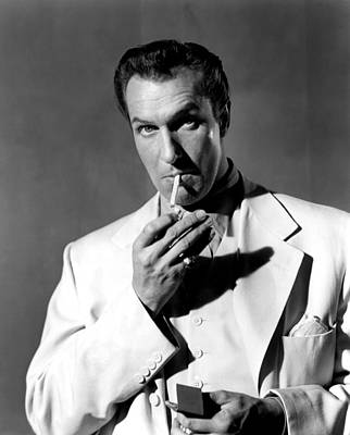 Publicity Shot Photograph - Rogues Regiment, Vincent Price, 1948 by Everett