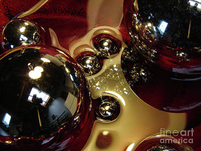 Photograph - Rollerballs by Mark Holbrook