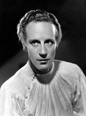 Clarence Sinclair Bull Photograph - Romeo And Juliet, Leslie Howard Mgm by Everett