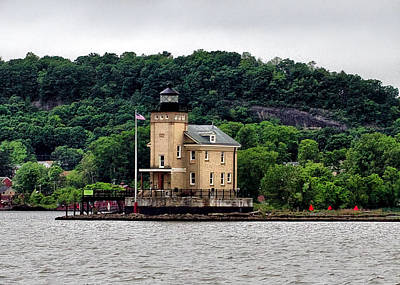 Coal Barge Photograph - Rondout Creek Lighthouse On The Hudson by Farol Tomson