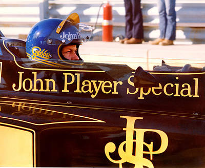 Ronnie Peterson Photograph - Ronnie Peterson 1944-1978 by Mike Flynn