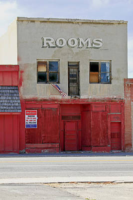Photograph - Rooms And A Beer Sign by James Steele