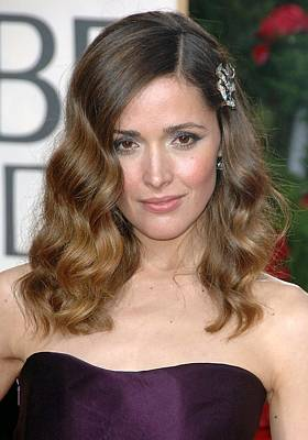 Rose Byrne Wearing A Neil Lane Brooch Art Print