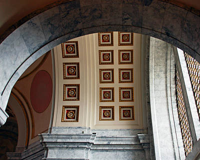 Photograph - Rotunda Arches by Chuck Flewelling