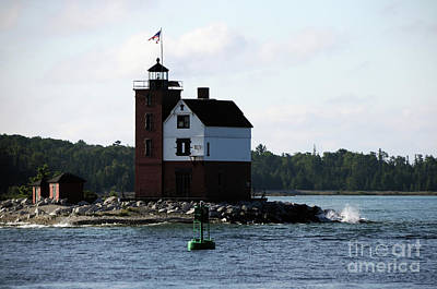 Photograph - Round Island Lighthouse by Ronald Grogan