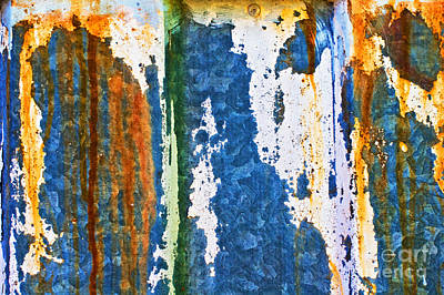 Photograph - Rust And Drips by Silvia Ganora