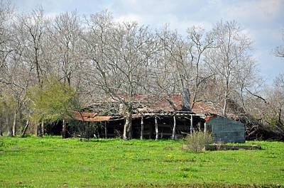 Photograph - Rustic Barn by Teresa Blanton