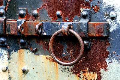Photograph - Rusty Slide Latch by Marie Jamieson