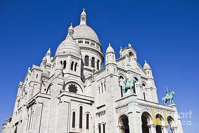 Sacre Coeur Photograph - Sacre-coeur Basilica In Paris by Giancarlo Liguori