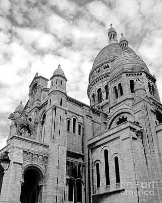 Sacre Coeur Photograph - Sacre Coeur by Ivy Ho