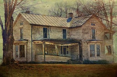 Abandoned Structures Photograph - Saggy Porch by Kathy Jennings