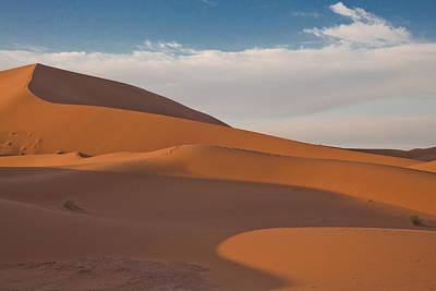Sahara Sanddunes Art Print by Leo Keijzer