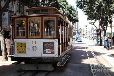 Sanfrancisco Photograph - San Francisco Cable Car At The Powell Street Cable Car Turnaround - 5d17962 by Wingsdomain Art and Photography