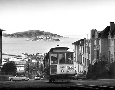 Alcatraz Photograph - San Francisco Cable Car by Underwood Archives