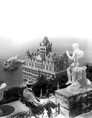 Man Of The House Photograph - San Francisco Cliff House by Underwood Archives