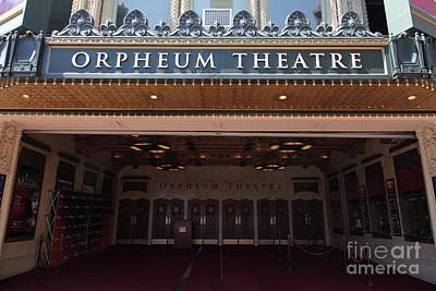 Orpheum Photograph - San Francisco Orpheum Theatre - 5d17988 by Wingsdomain Art and Photography