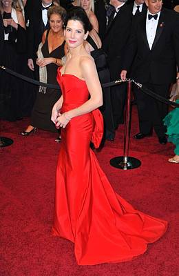 Bestofredcarpet Photograph - Sandra Bullock Wearing Vera Wang Dress by Everett