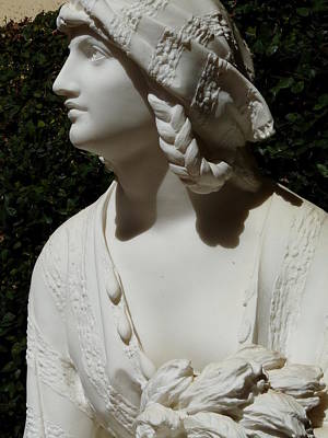 Photograph - Sculpture Female Braids And Robe by Jeff Lowe