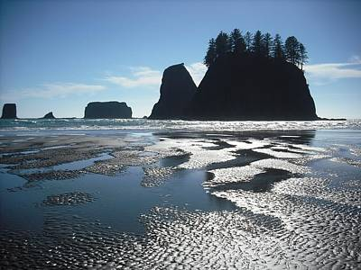Photograph - Seastacks At Second Beach La Push by Kelly Manning