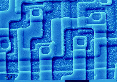 Sem Of The Surface Of An Integrated Chip Art Print by Pasieka
