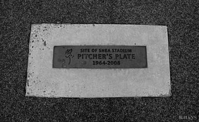 Shea Stadium Pitchers Mound In Black And White Art Print by Rob Hans