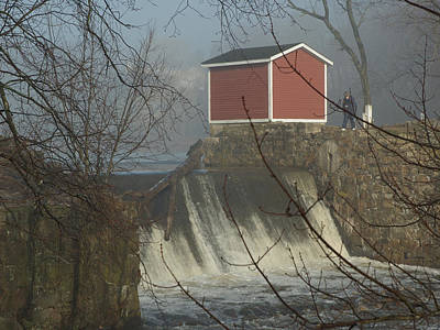 Photograph - Shed By The Dam In Fog by Barry Doherty