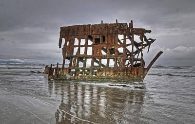 Peter Iredale Photograph - Shipwreck by Danielle Del Prado