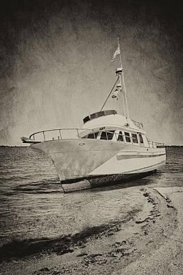 Photograph - Shipwreck II by Cheryl Davis