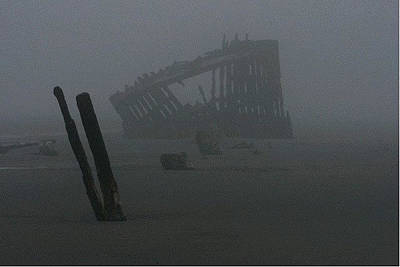 Peter Iredale Photograph - Shipwreck by Samantha Lowery