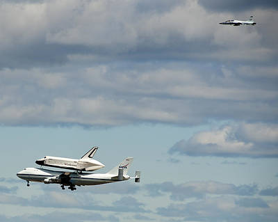 Shuttle Enterprise And Escort Art Print by Roni Chastain