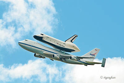 Shuttle Enterprise Comes To Ny Print by Regina Geoghan